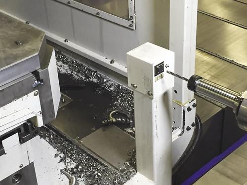 Встроенное в станок устройство для настройки инструмента